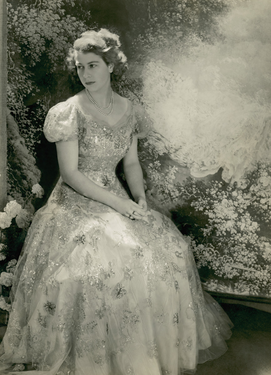 Royal-weddings-princess-elizabeth-wedding-dress.full