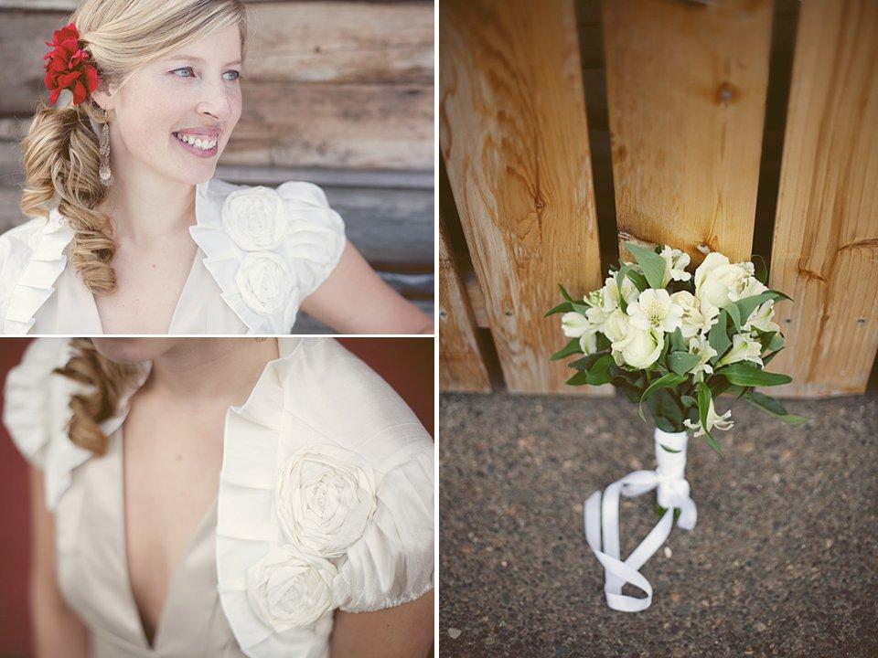 Real-weddings-outdoor-winter-wedding-canada-ivory-bridal-bouquet-red-wedding-hair-flower.full
