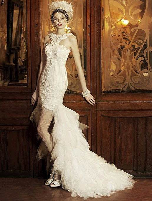 Vintage White Halter Wedding Dress Thats Short With A Train