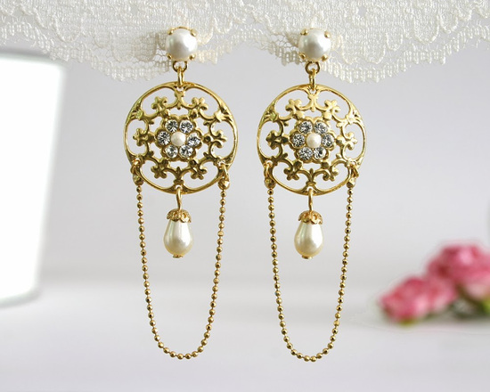 Fantastic_gold_pearl_and_diamond_wedding_earrings.medium_large