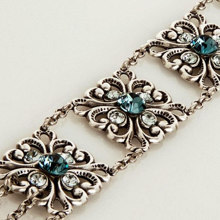 Old_world_bridal_bracelet.full
