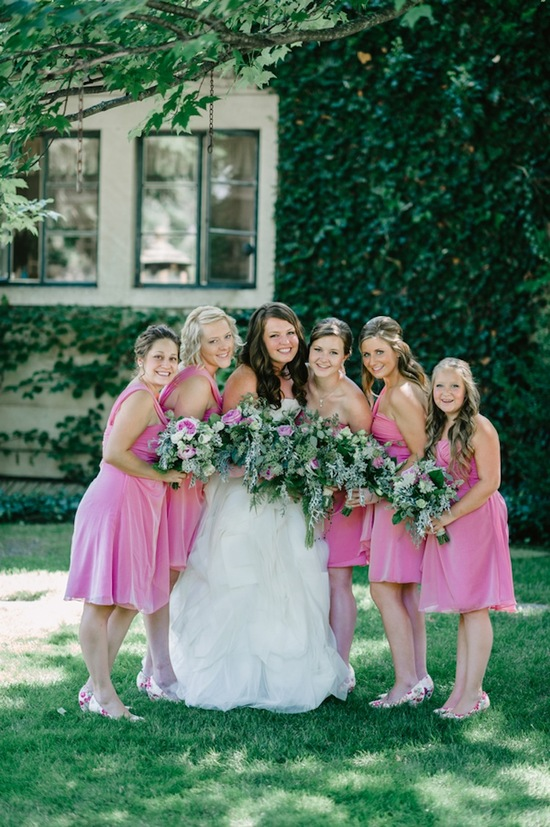Bride with pink bridesmaids