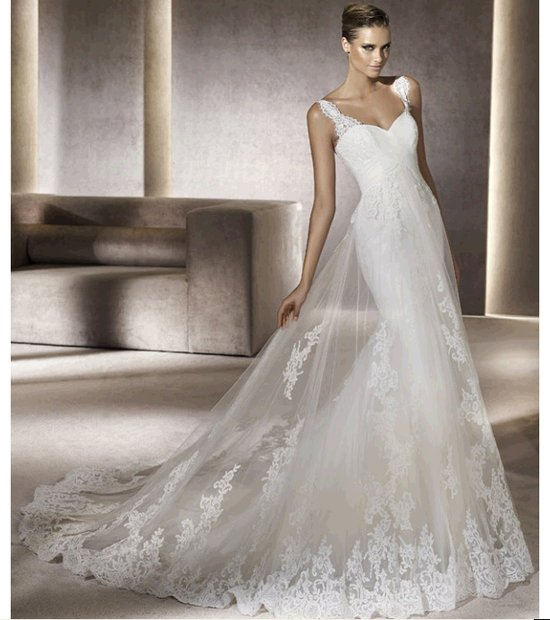 Chic white lace mermaid wedding dress with cap sleeves by Pronovias