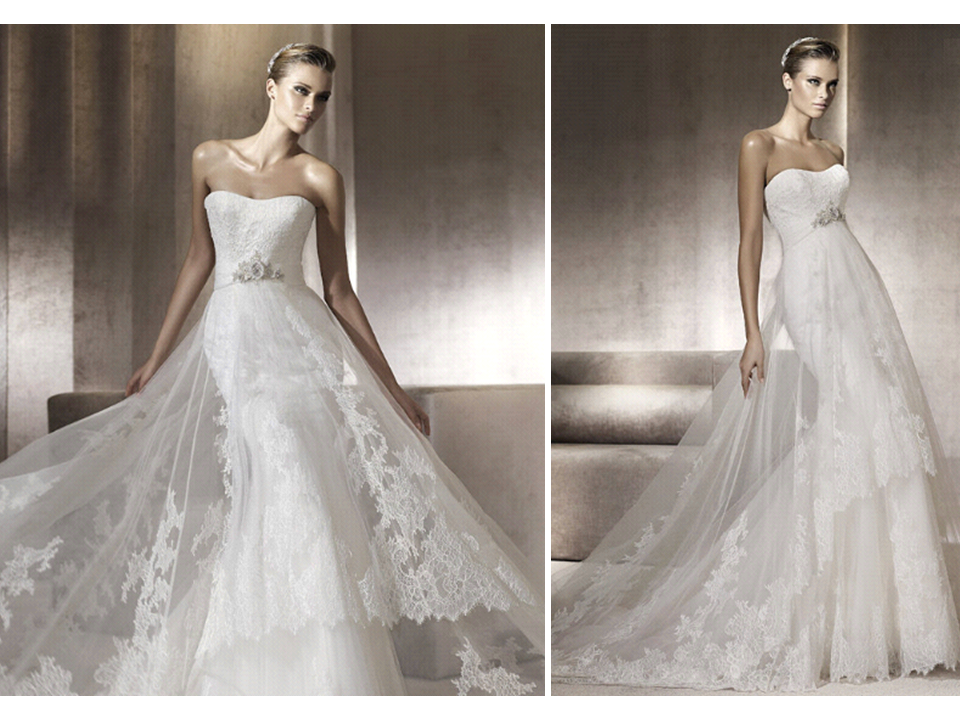 Lace pronovias wedding dress with sheer overlay and beaded for Lace wedding dress overlay