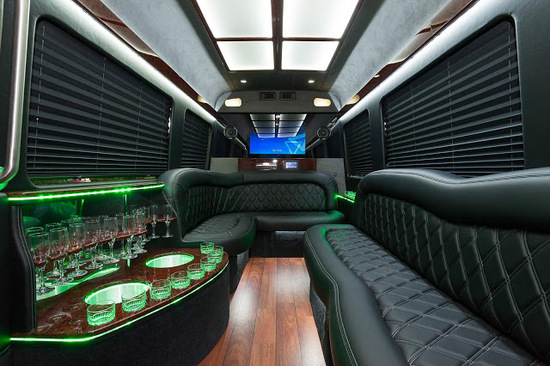 Mercedes-Benz Sprinter Limo