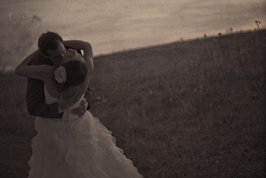 peer_canvas_wedding_photography_back_bend_kiss_sunset_rockford