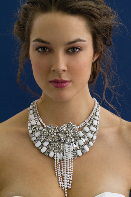 Statement-wedding-jewelry-bridal-necklaces-pearls-rhinestones.full