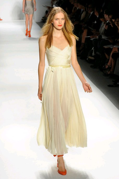 Grecian-inspired simple ivory wedding dress by J. Mendel