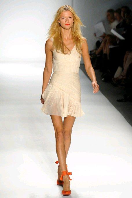 Little-white-wedding-dresses-designer-bridal-inspiration.full
