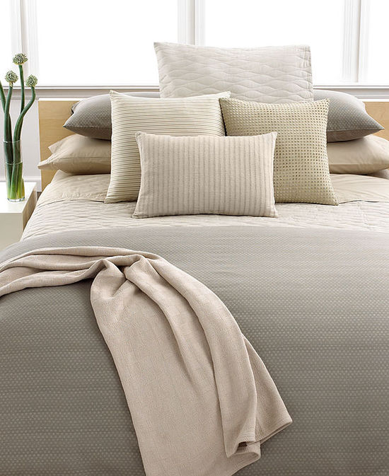 photo of Calvin Klein Home Studio Dash Thorn Dune Mini Wave Queen Quilt