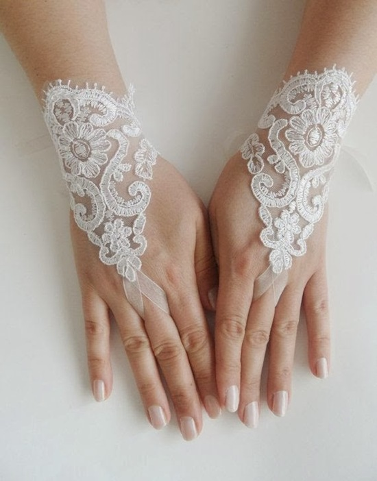Lace Mitts via Wedding Gloves