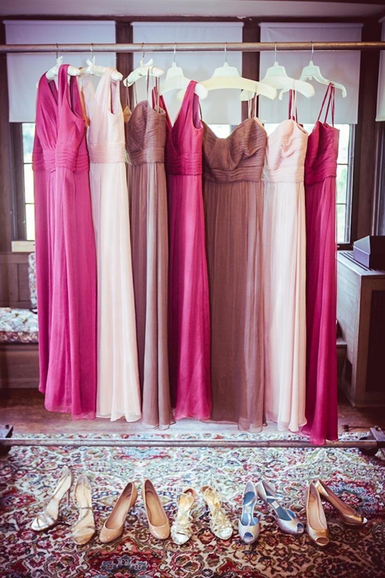 Bridesmaids_dresses_in_three_colors_.full