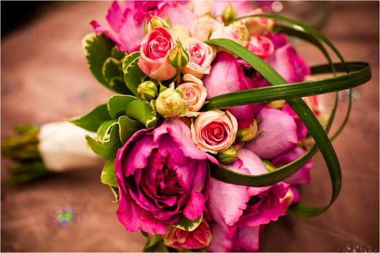 Romantic pink and green DIY bridal bouquet