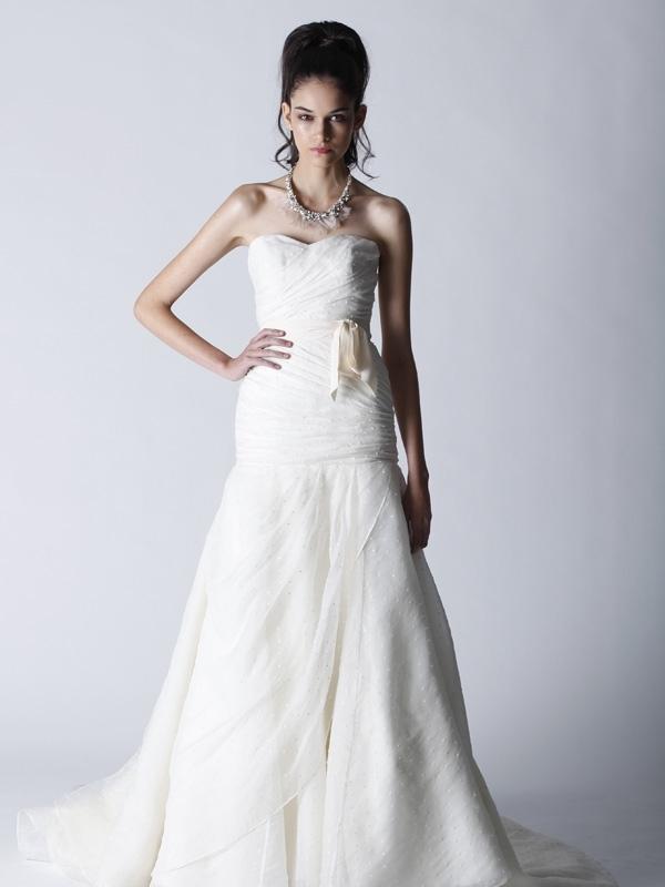 Fall-2011-wedding-dress-gig-melissa-sweet-a-line.full