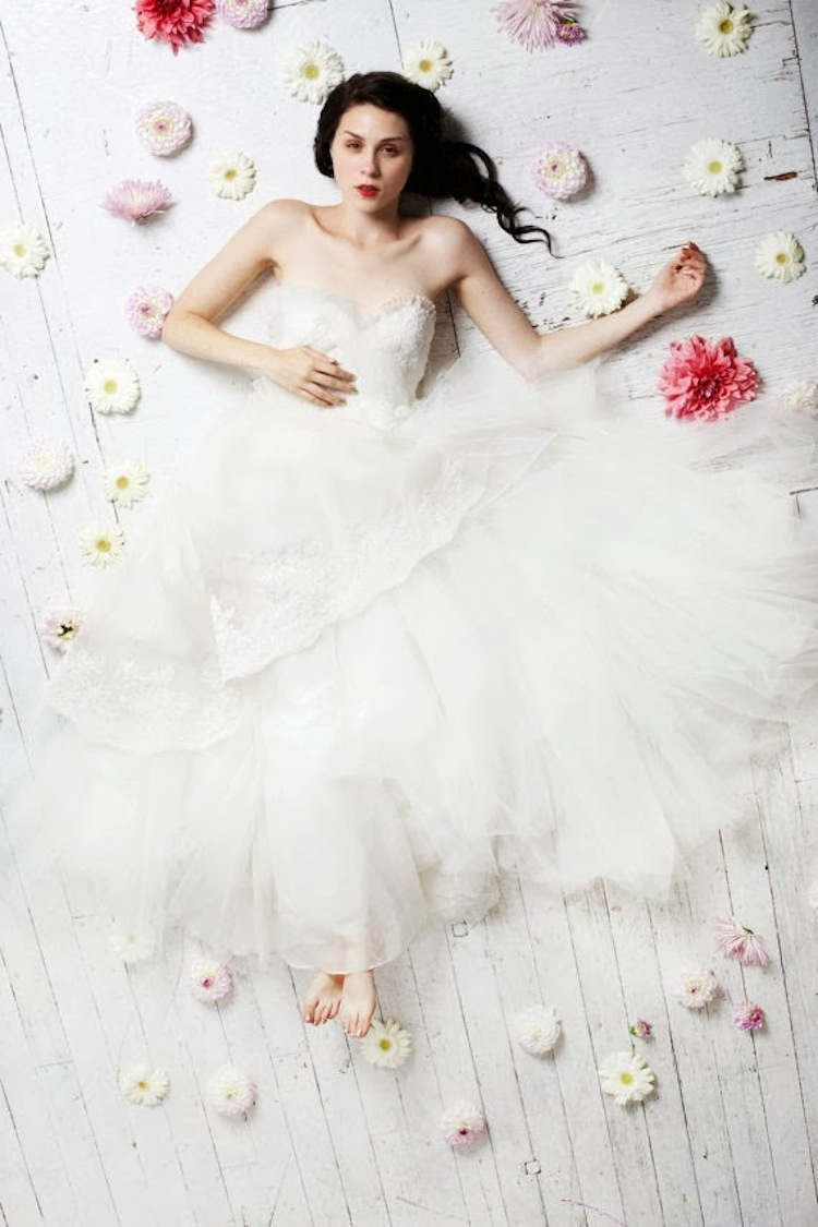 Claire_la_faye_indie_wedding_gown.full