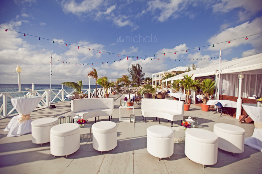 Outdoor-destination-wedding-featured-weddings-lounge-reception.full