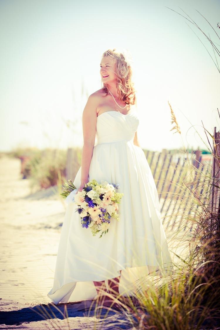 Summer_beach_real_bride.full