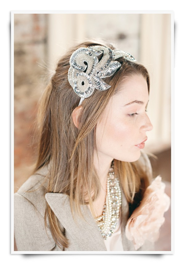 Beaded-bridal-headband-vintage-inspired-wedding.full