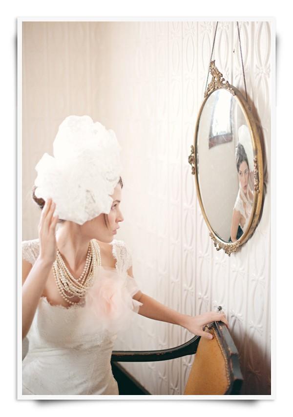 Vintage-bridal-veil-hair-accessory-pouf-romantic.full