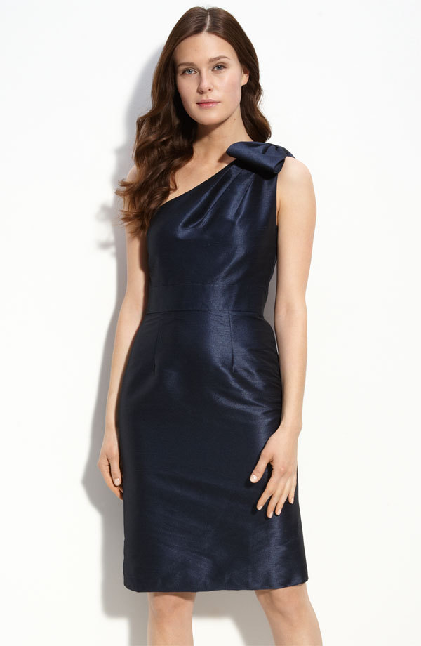10-bridesmaid-dresses-deep-navy-blue-one-shoulder-monique-lhuillier.full