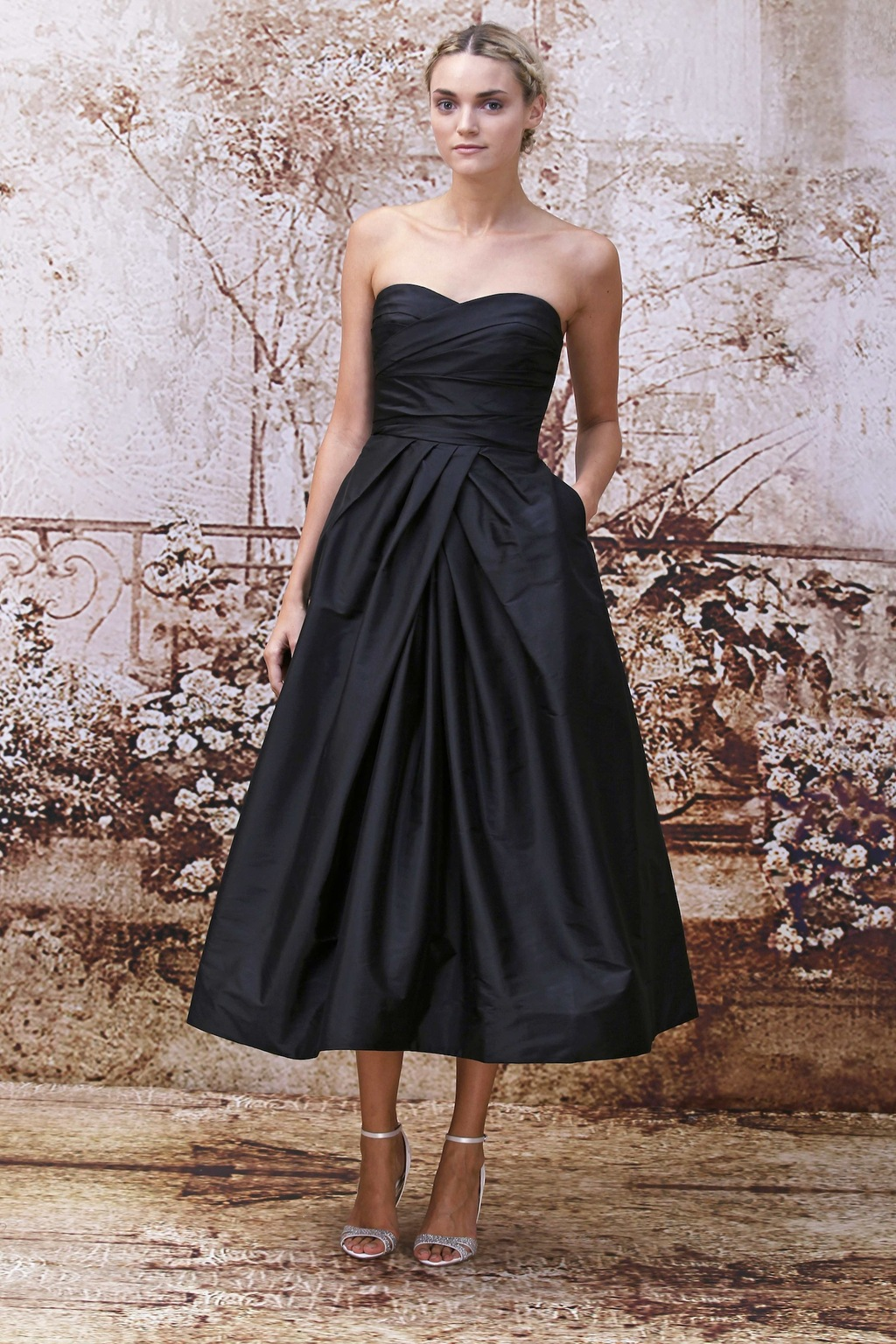 Black_bridesmaids_dress_from_monique_lhuillier.full