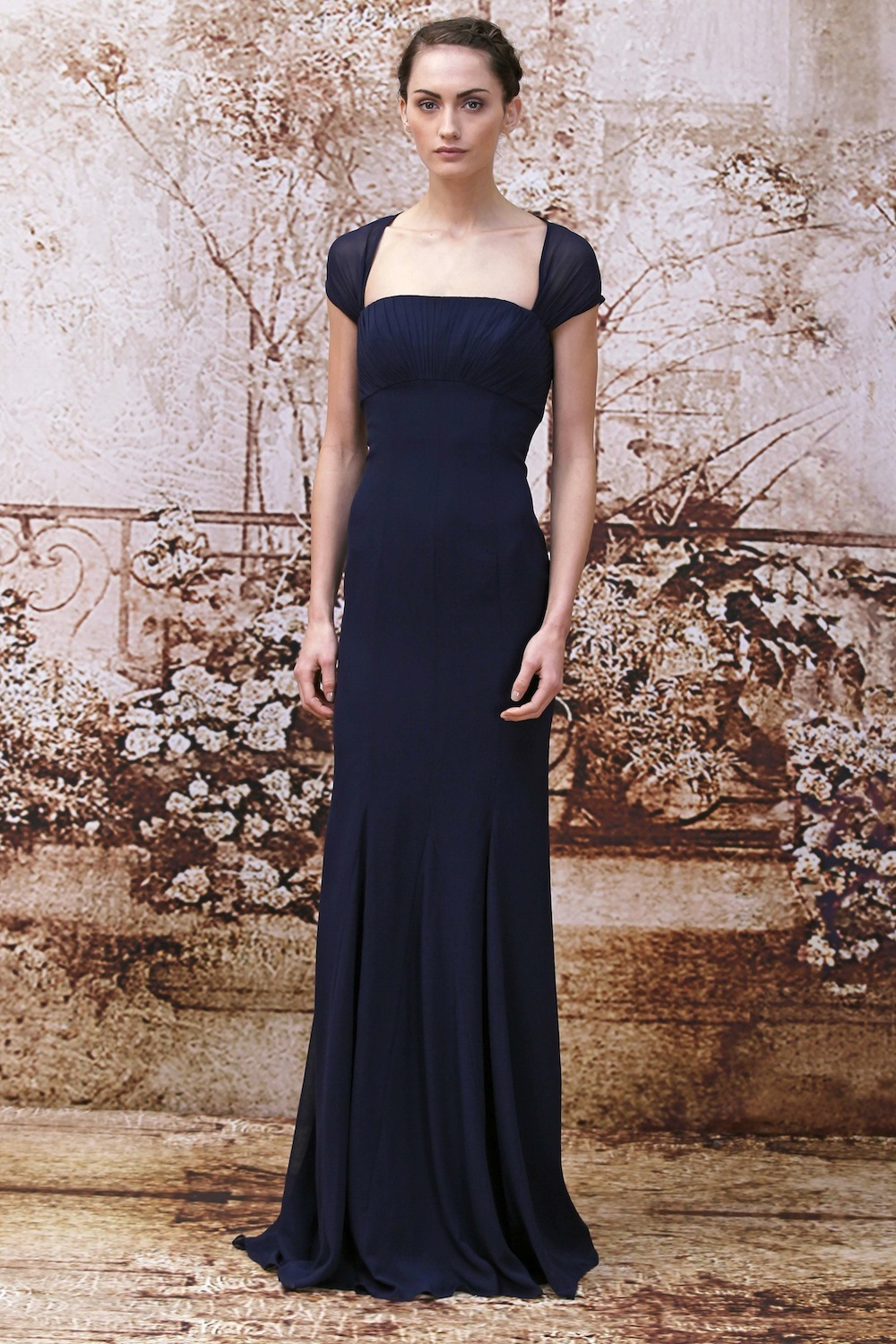 Navy_bridesmaids_dress_from_monique_lhuillier.full