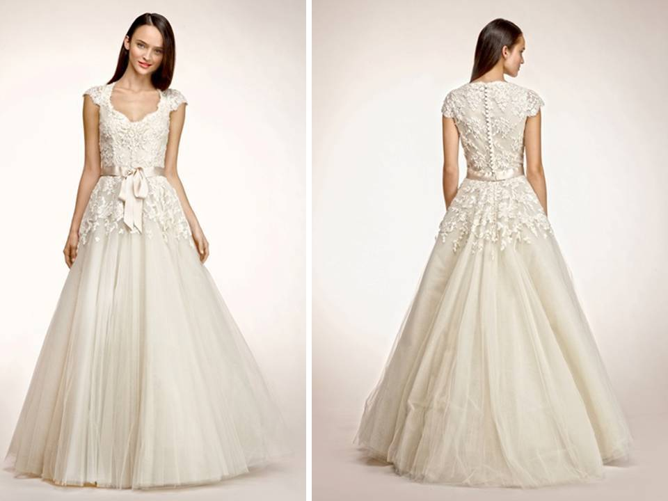 V-neck lace and tulle a-line wedding dress by Peter Langner