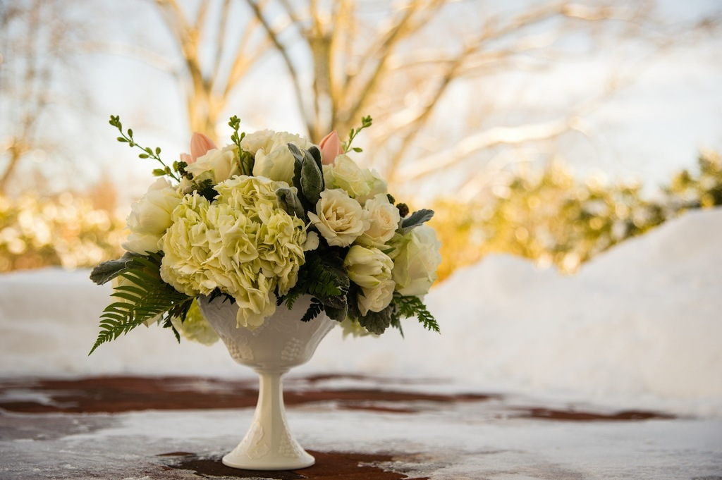 Winter_wedding_flowers.full