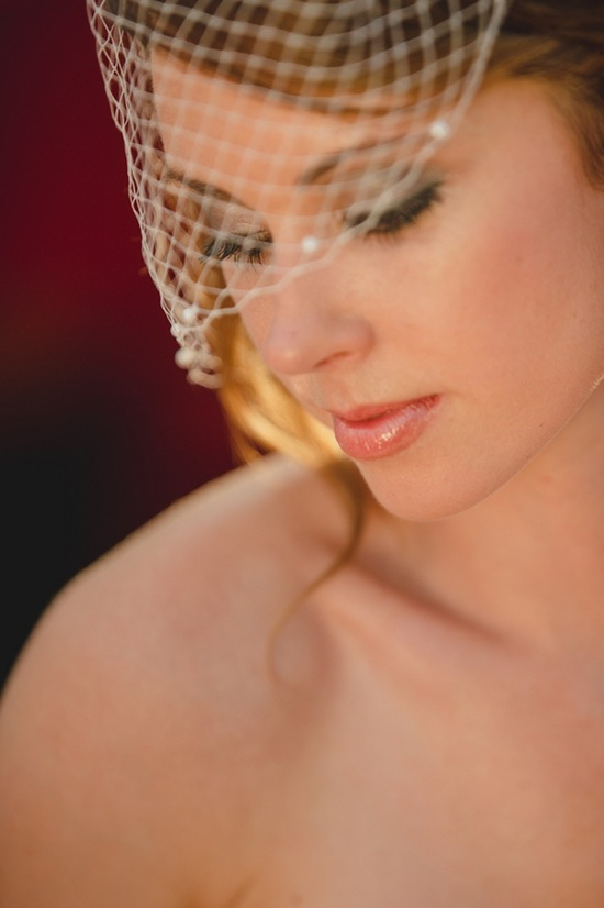 Bride beauty with birdcage veil