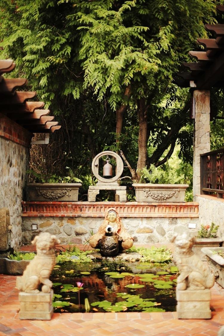 Asian_garden_in_st_lucia.full