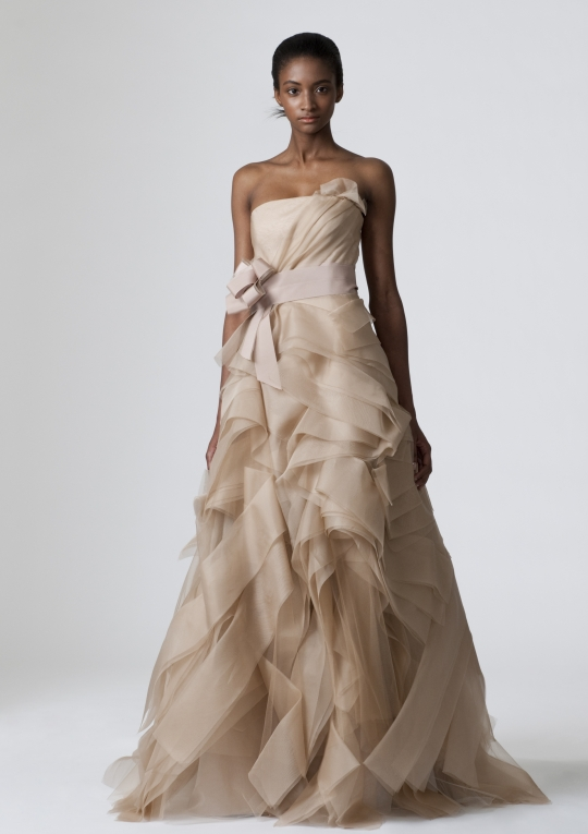Strapless beige vera wang a line wedding dress for Vera wang used wedding dress