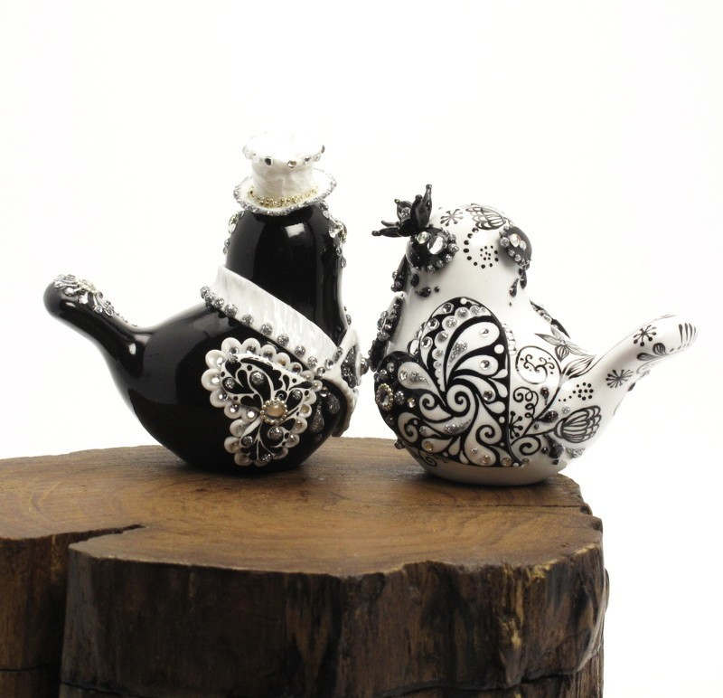 Wedding-cake-topper-love-birds-black-white-rhinestones-miracle-black-2.full