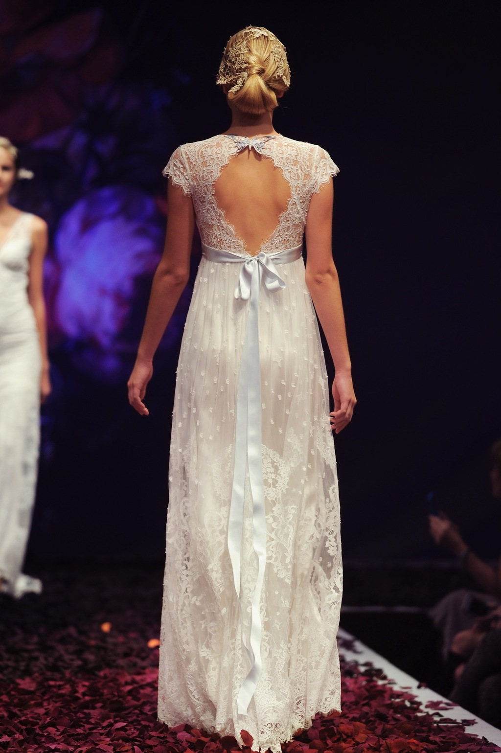 Minuet_by_claire_pettibone_2014_1.full