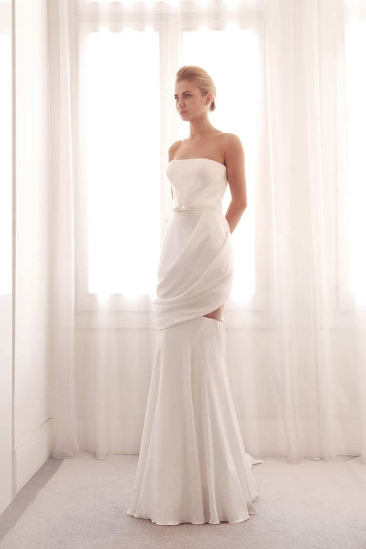 Unique_wedding_gown_by_gemy_bridal.full