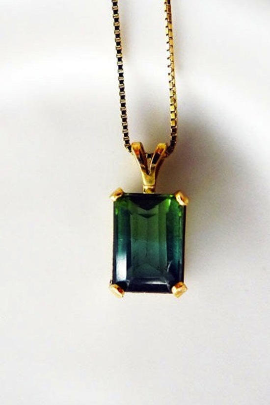 Emerald 14k gold necklace