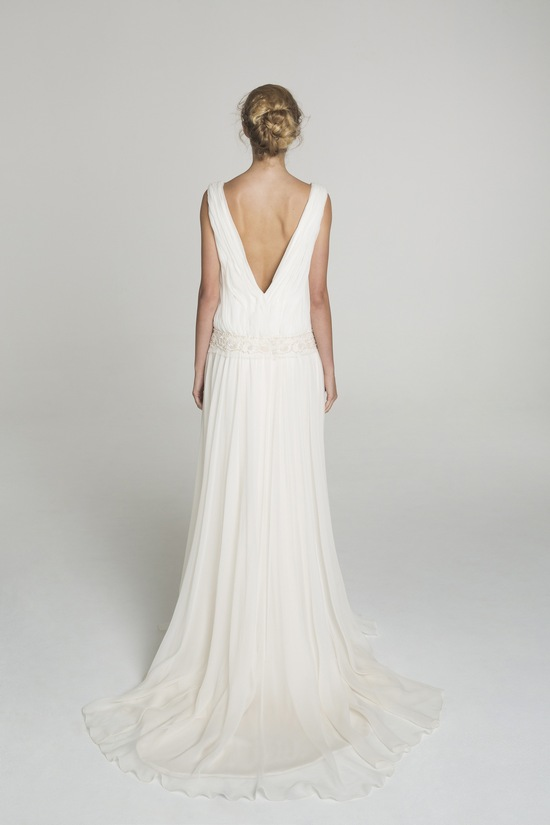 A line wedding dress from Alana Aoun