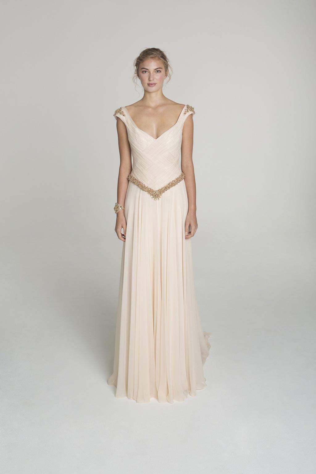 Blush_and_gold_wedding_dress_from_alana_aoun.full