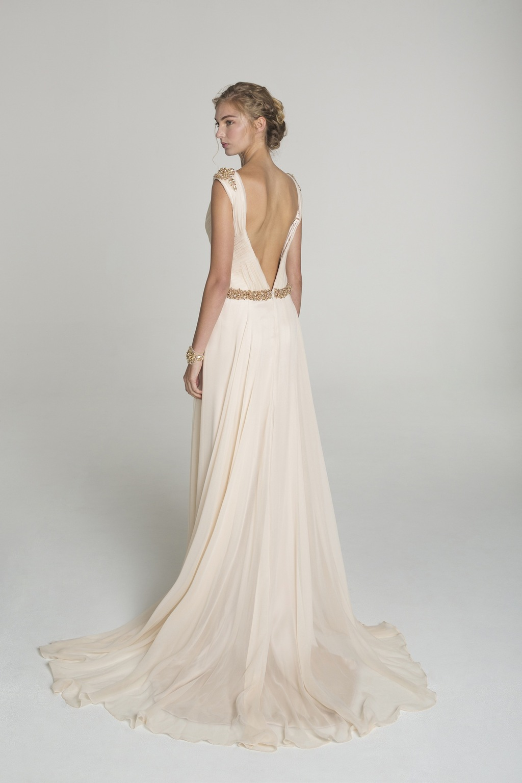 Blush_and_gold_wedding_dress_from_alana_aoun_back.full