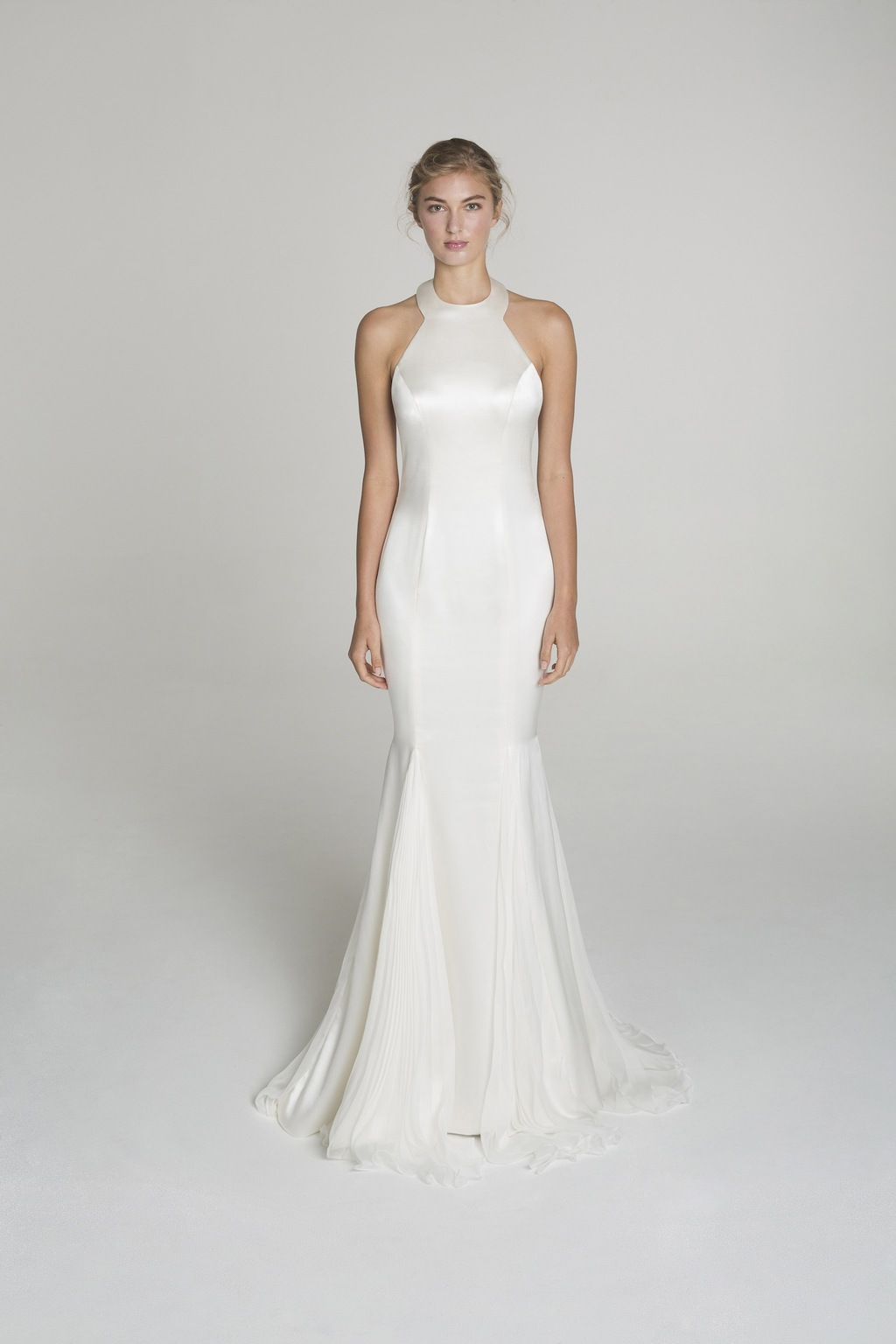 High_neck_wedding_dress_from_alana_aoun.full