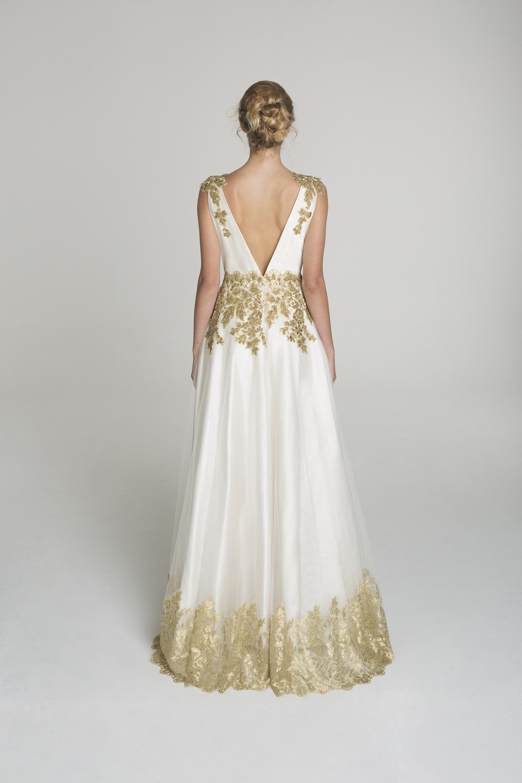 Gold_applique_wedding_dress_from_alana_aoun_back.full