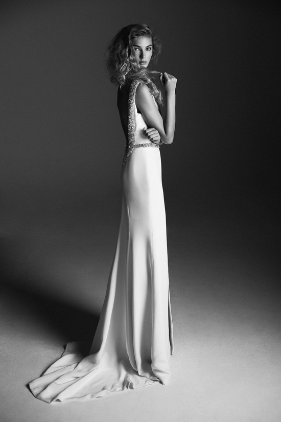 Sophisticated wedding dress from Alana Aoun black and white