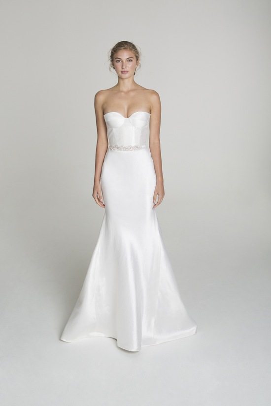 photo of Strapless wedding dress from Alana Aoun
