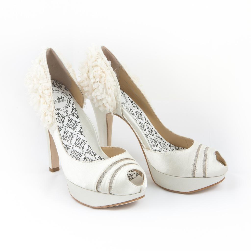White_bridal_heels.full