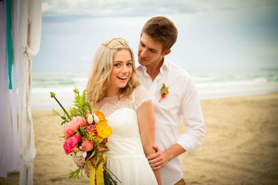 Beach_elopment_in_australia.full