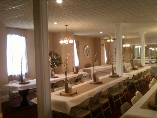 Banquet Room dresses up or dresses down