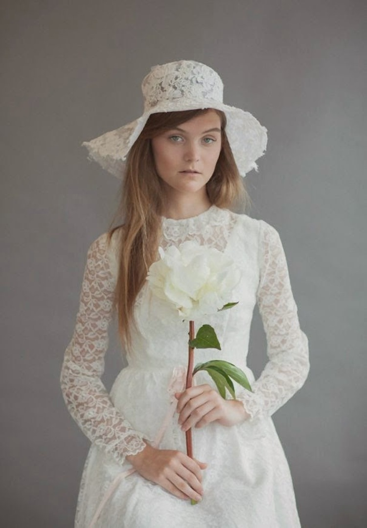 Wedding_hat_by_rue_de_sciene.full