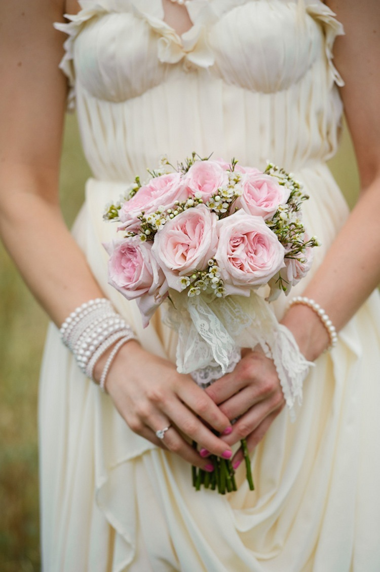 Pretty_in_pink_roses_bouquet.full