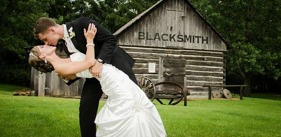 Rustic wedding kiss