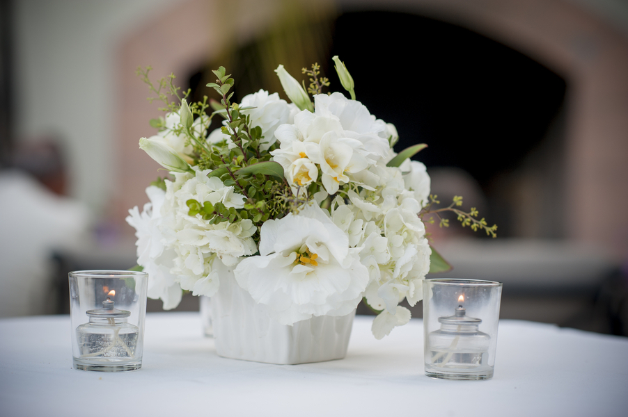 Genial Cocktail Table Centerpieces