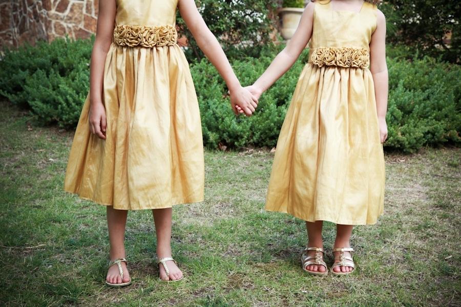 Flower-girls-wear-yellow-dresses-sandles.full